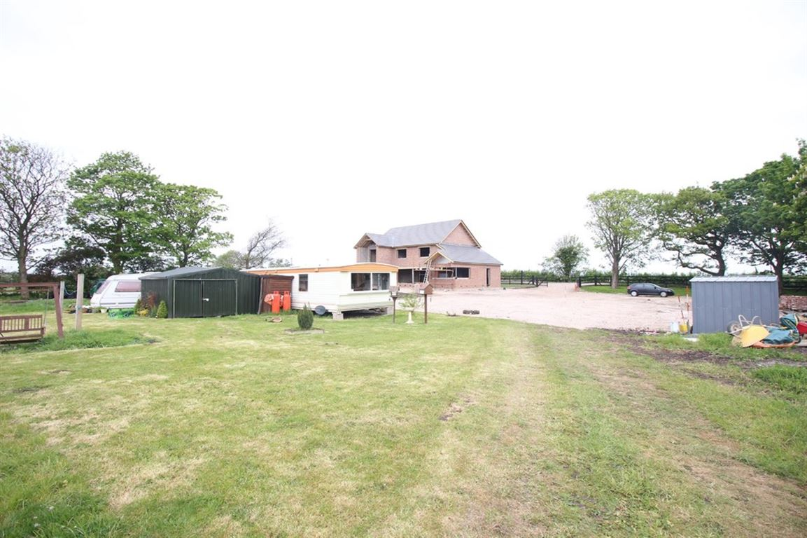 New Lane, Eagland Hill marketed by Oystons Cleveleys, call 01253 866000 to arrange a viewing