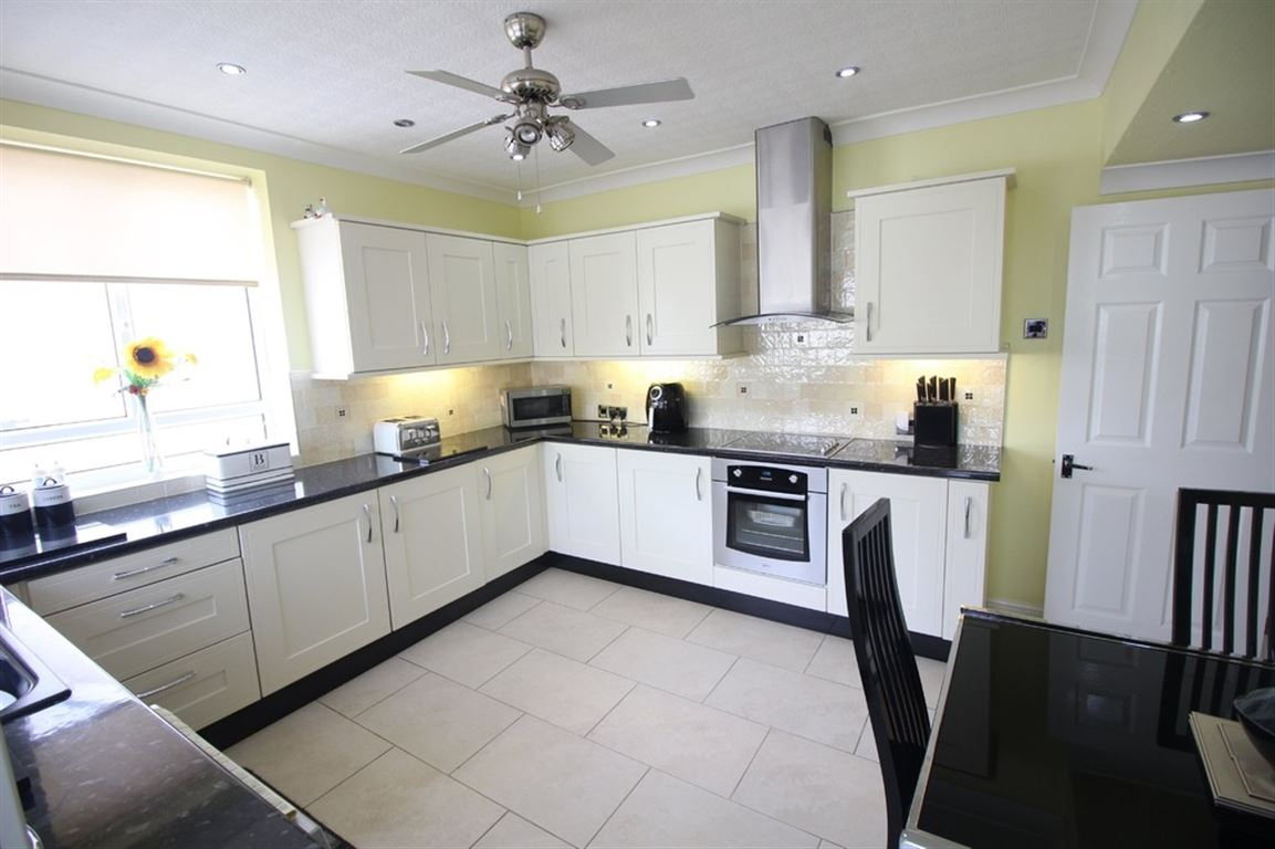 Central Avenue North, Thornton Cleveleys marketed by Oystons Cleveleys, call 01253 866000 to arrange a viewing