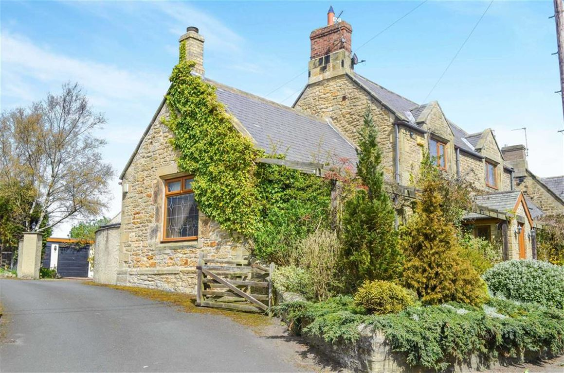3 Bedrooms Semi Detached House for sale in The Village, Acklington, Northumberland