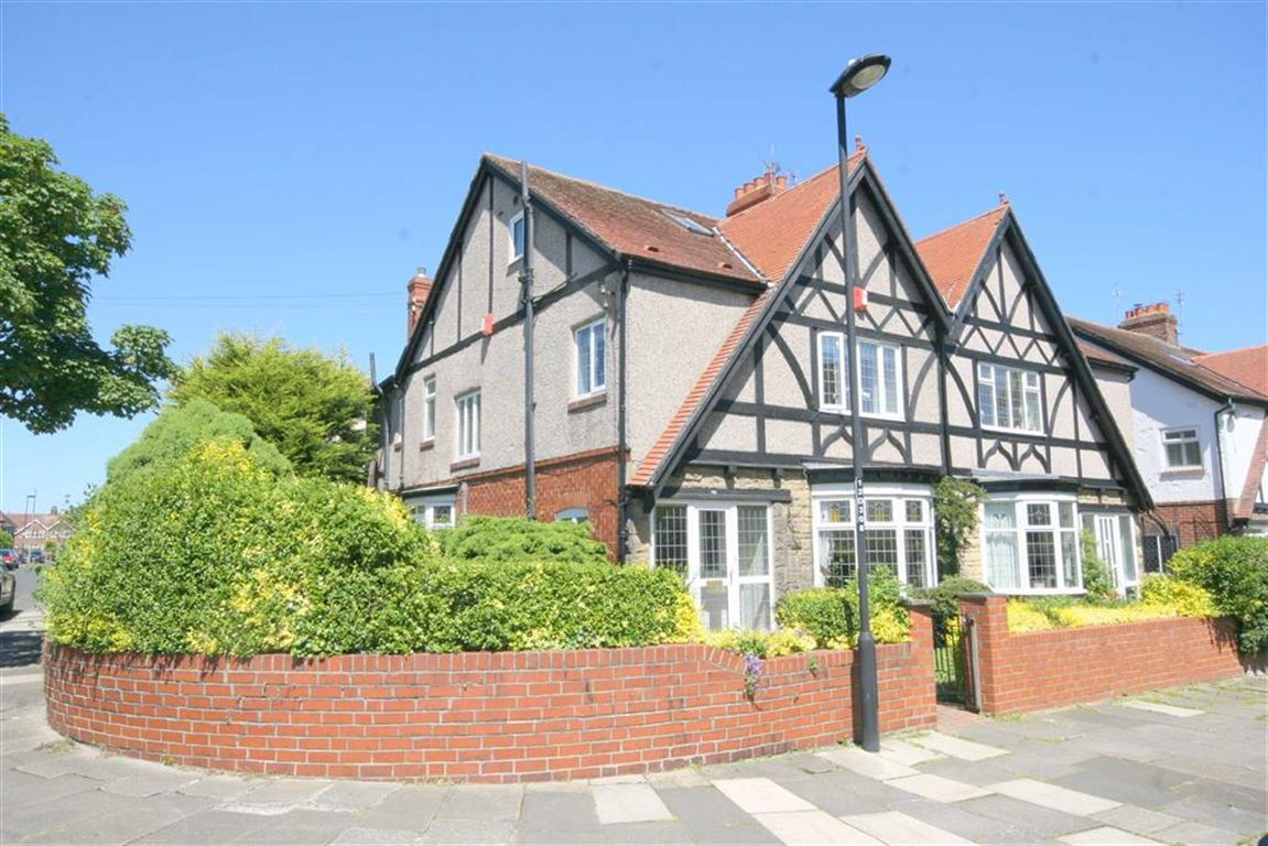 4 Bedrooms Property for sale in Davison Avenue, Whitley Bay, Tyne And Wear, NE26