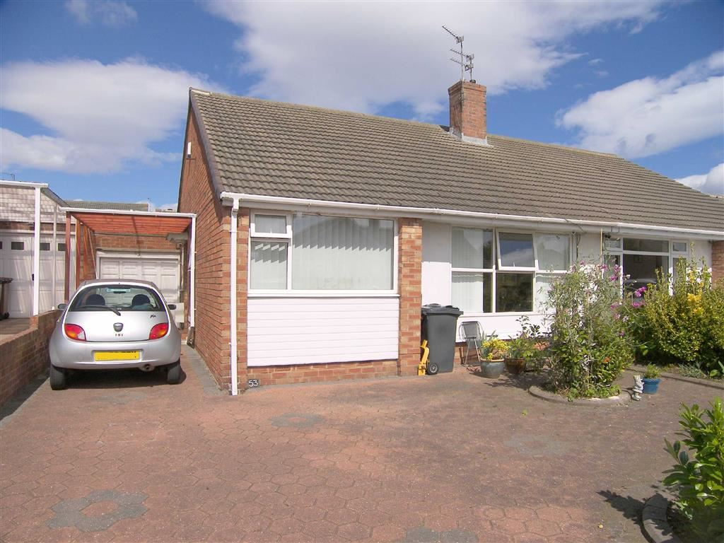 2 Bedrooms Semi Detached Bungalow for sale in Kirkstone Avenue, Marden Estate, Tyne & Wear, NE30