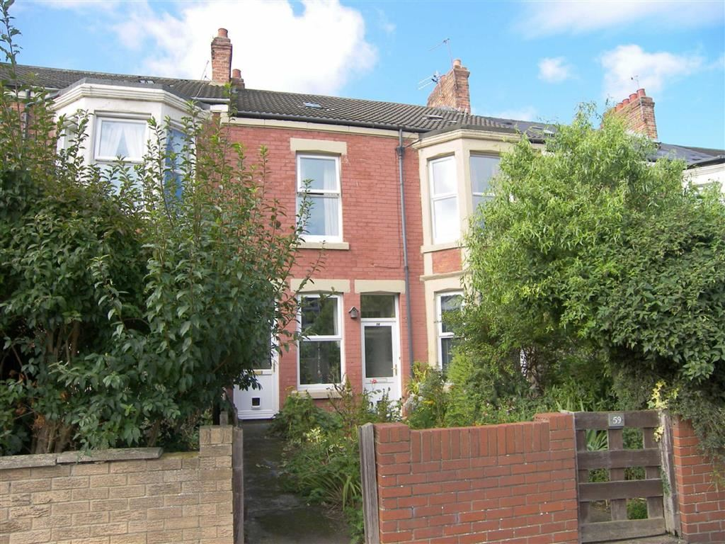 4 Bedrooms Maisonette Flat for sale in Cambridge Avenue, Whitley Bay, Tyne & Wear, NE26