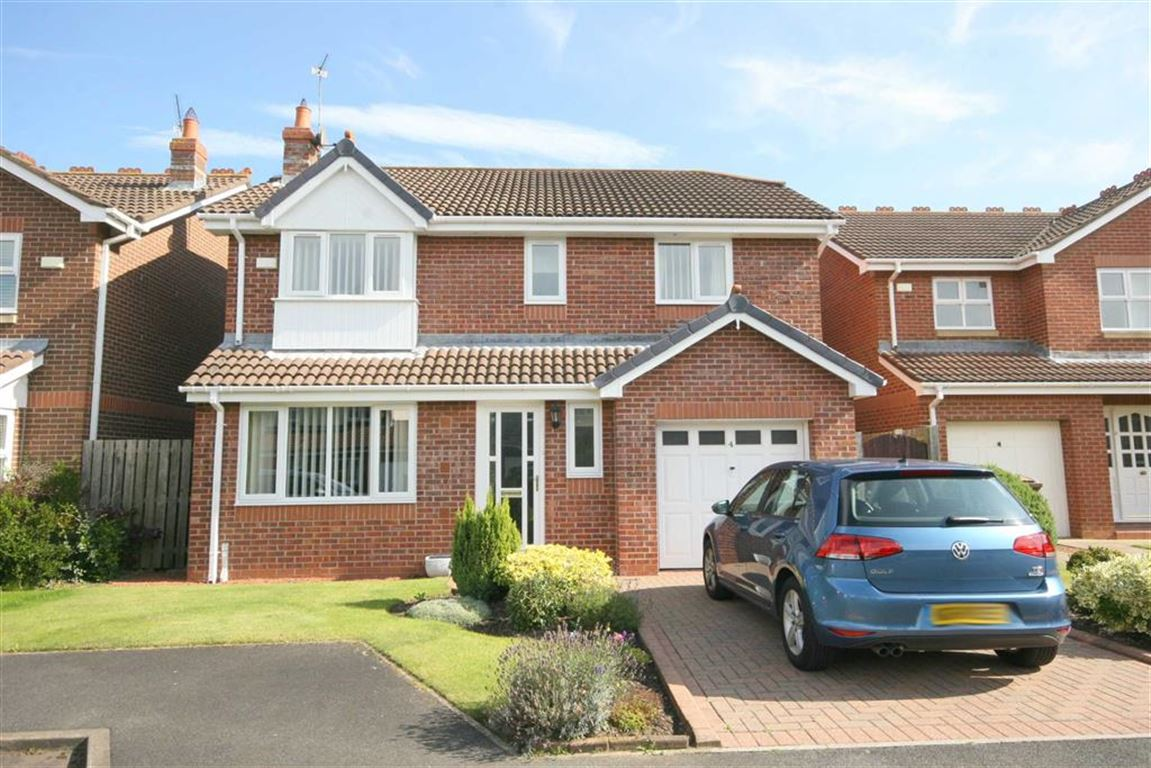 4 Bedrooms Detached House for sale in Muirfield, Whitley Bay, Tyne And Wear, NE25