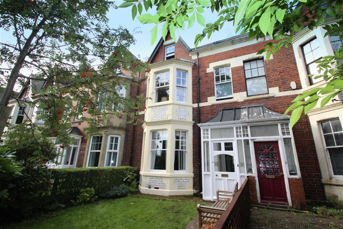 6 Bedrooms Terraced House for sale in Kensington Gardens, Monkseaton, Tyne And Wear, NE25