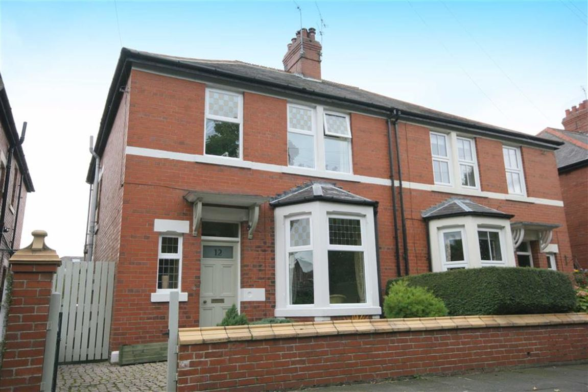 3 Bedrooms Semi Detached House for sale in Studley Gardens, Whitley Bay, NE25