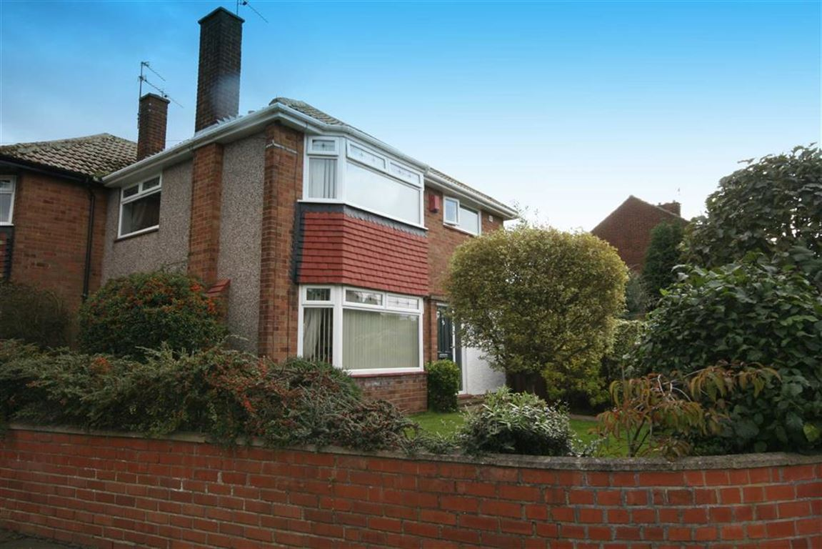 3 Bedrooms Semi Detached House for sale in Seatonville Road, West Monkseaton, NE25