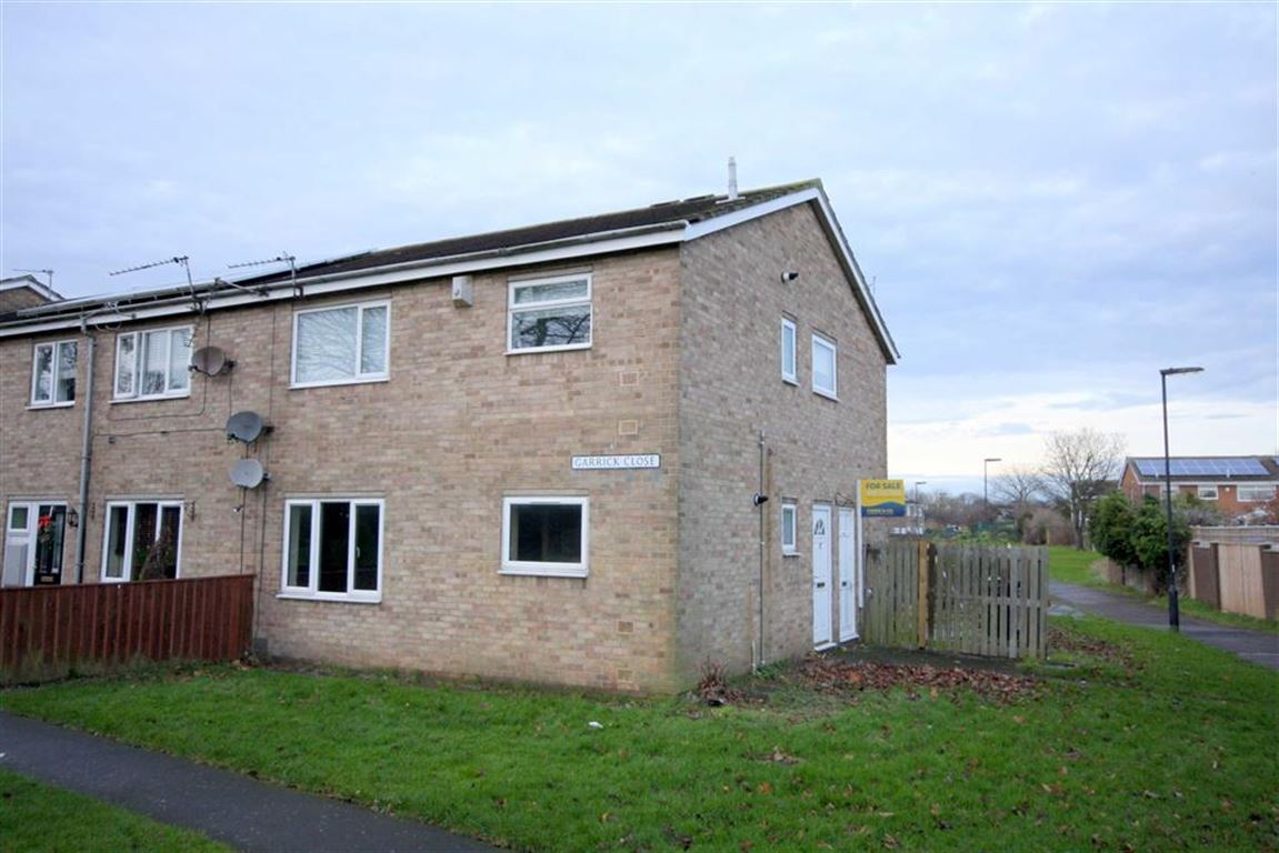 2 Bedrooms Flat for sale in Garrick Close, North Shields, Tyne And Wear, NE29
