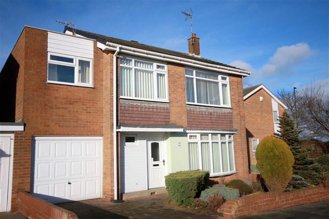 4 Bedrooms Detached House for sale in Malvern Road, Preston Grange, Tyne And Wear, NE29