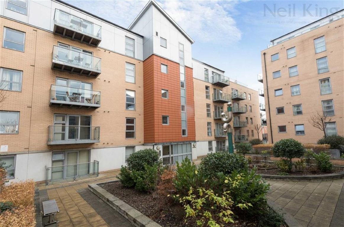 Jubilee Court, South Woodford, London