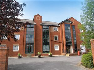 Property image of home to buy in Chamberlaine Court, Banbury