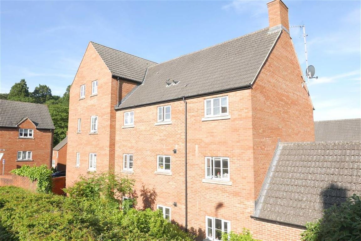 Forge Road, Dursley, GL11