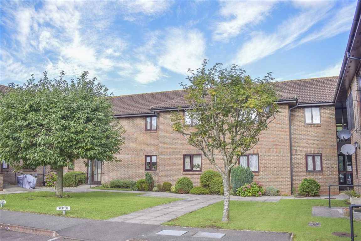 Orchard Court, Stonehouse, GL10