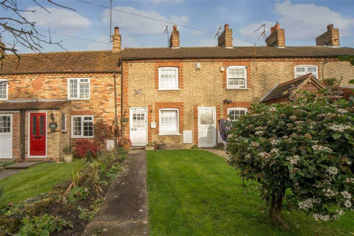2 Bedrooms Terraced House for sale in The Lane, Tebworth