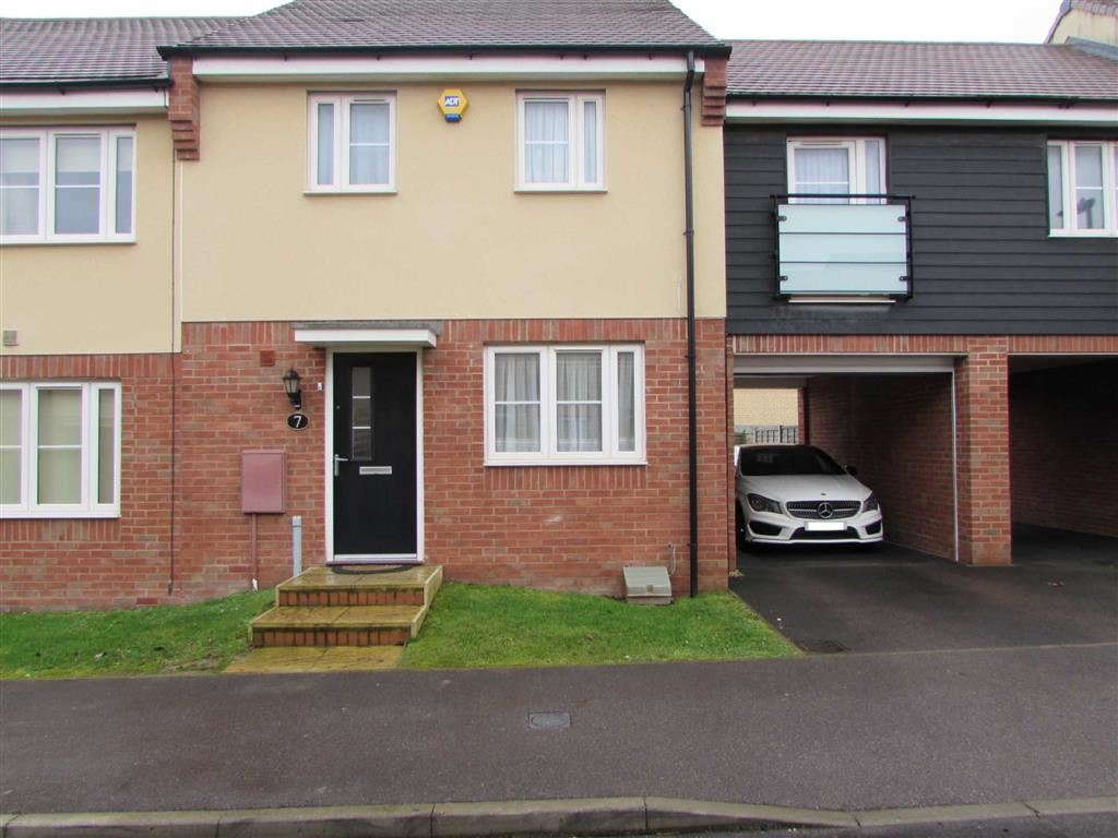 4 Bedrooms Terraced House for sale in Wolseley Drive, Dunstable, Bedfordshire, LU6