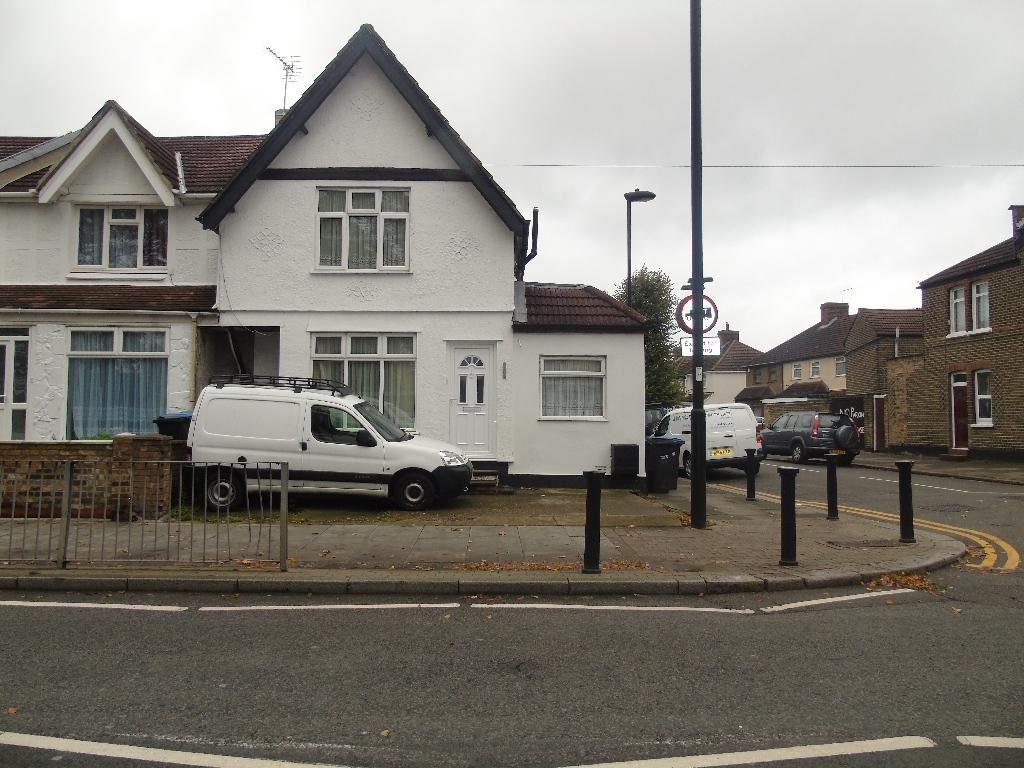 Green Street, Enfield Middlesex EN3
