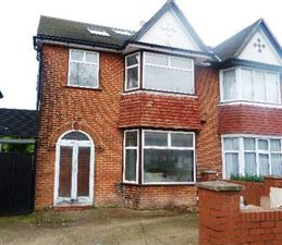 Property in The Vale, Cricklewood, London