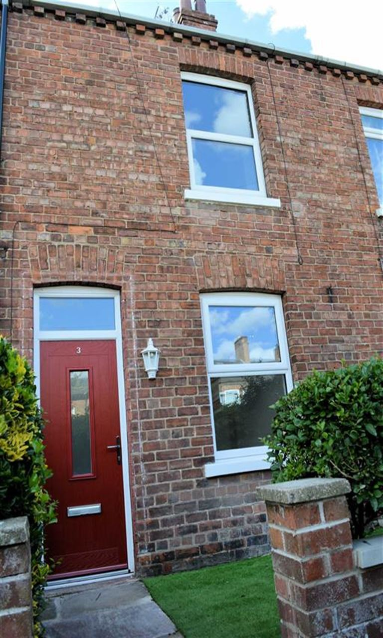 2 Bedrooms House for sale in Milton Place, Selby, YO8