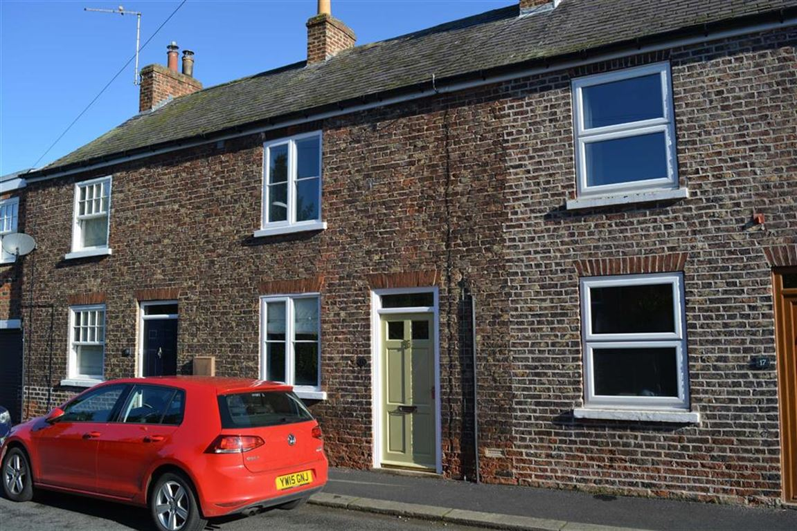 2 Bedrooms Terraced House for sale in Thorpe Lane, Cawood, YO8