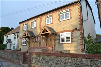 Property image of home to let in Felpham Road, Felpham