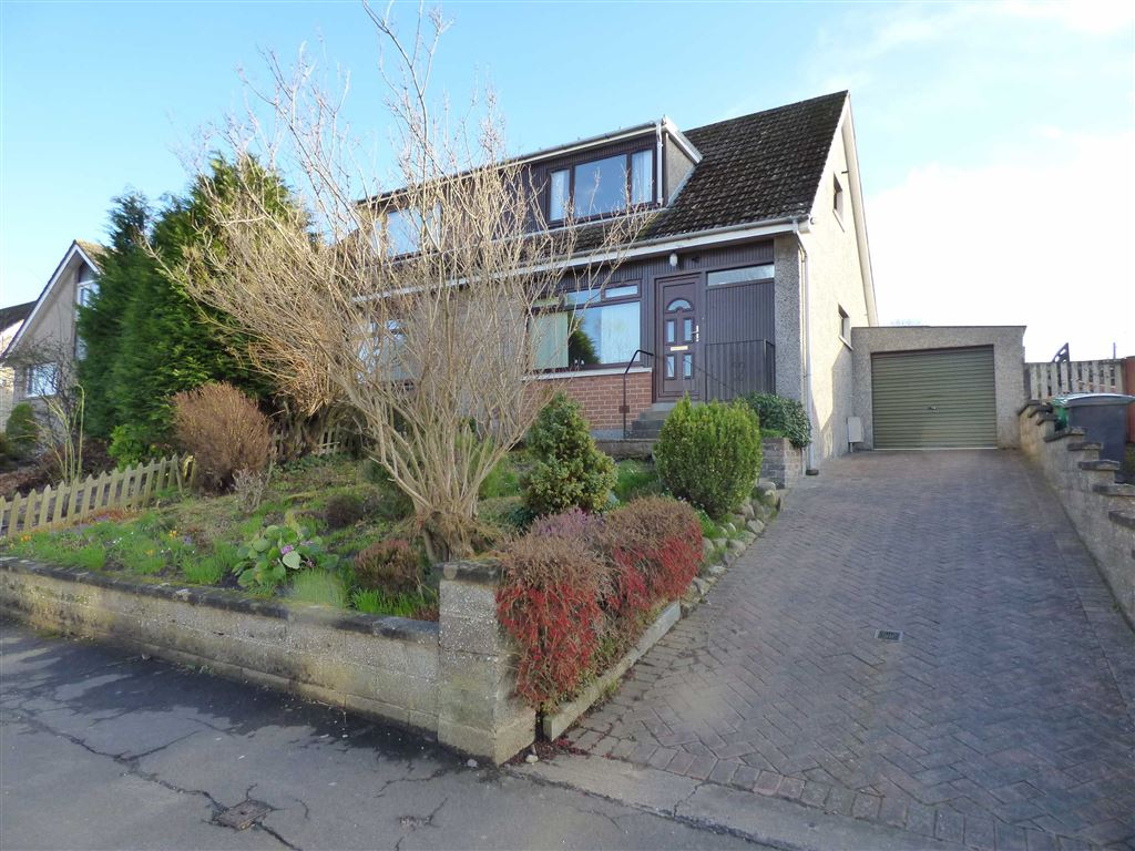 Thorntons Property St Andrews Student