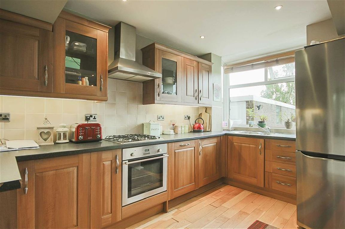3 bedroom semi detached house for sale in hawthorn avenue 3 bedroom semi detached house for sale main image