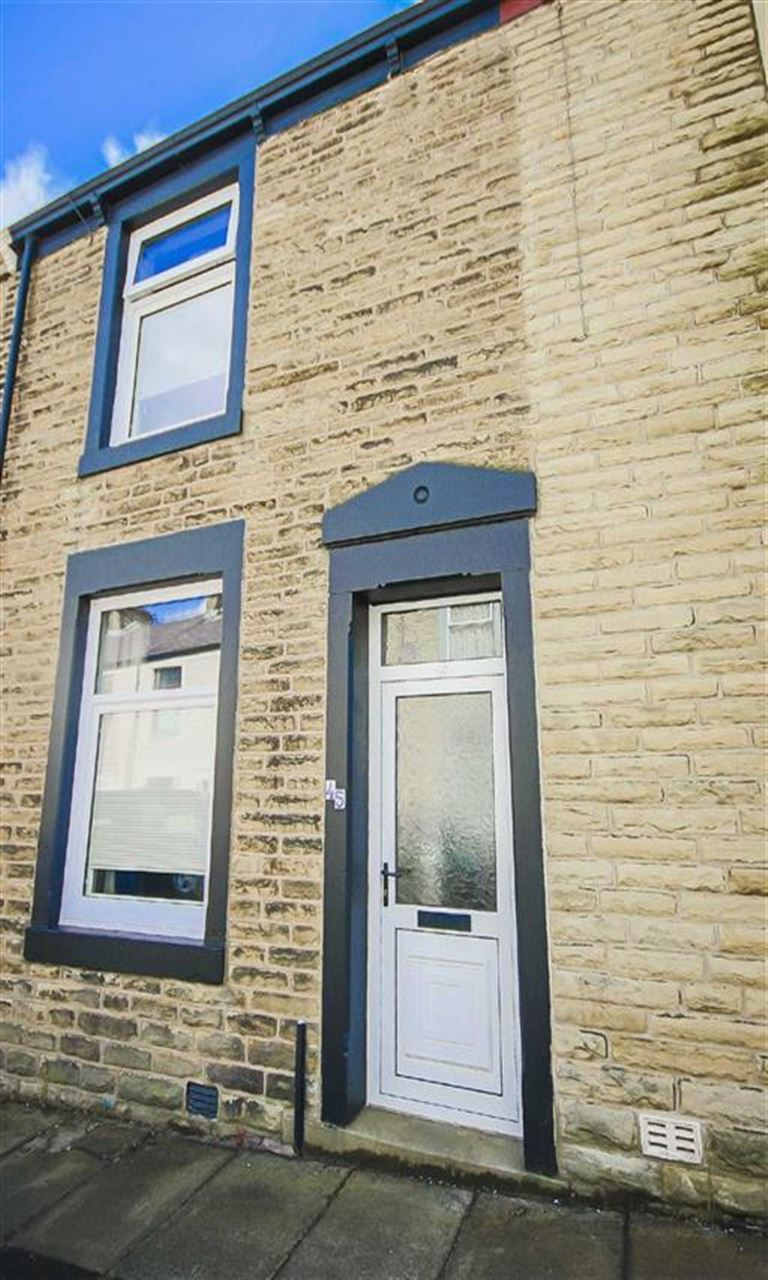 2 Bedroom Terraced House For Sale - Image 10