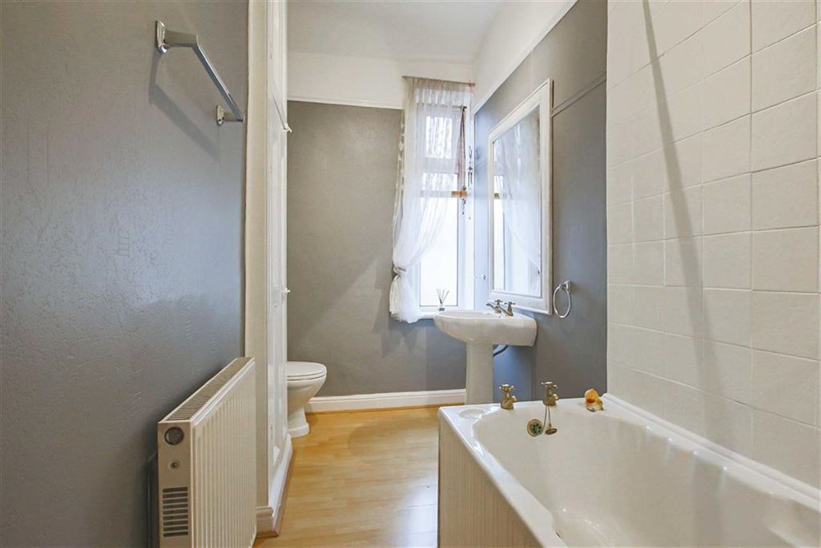 2 Bedroom Mid Terrace House For Sale - Image 9