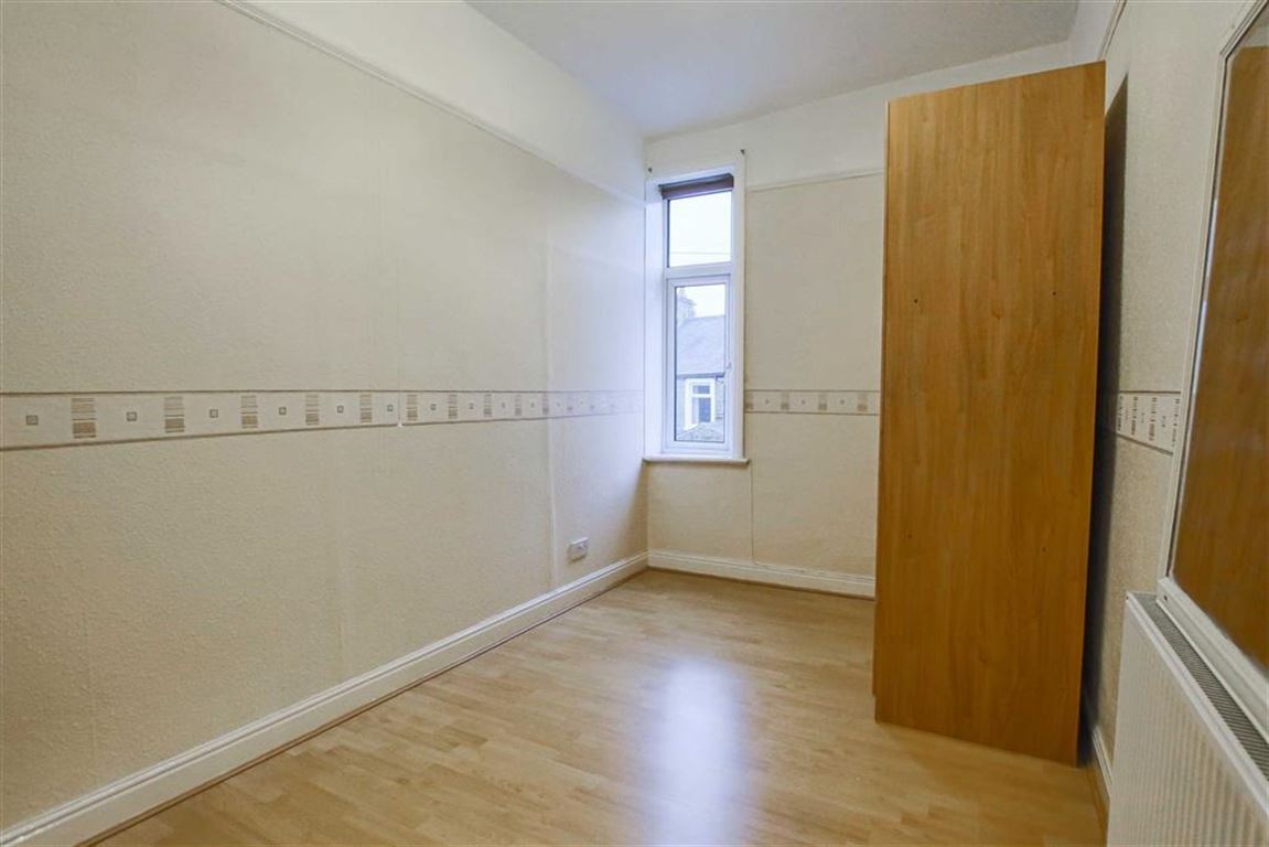 2 Bedroom Mid Terrace House For Sale - Image 14