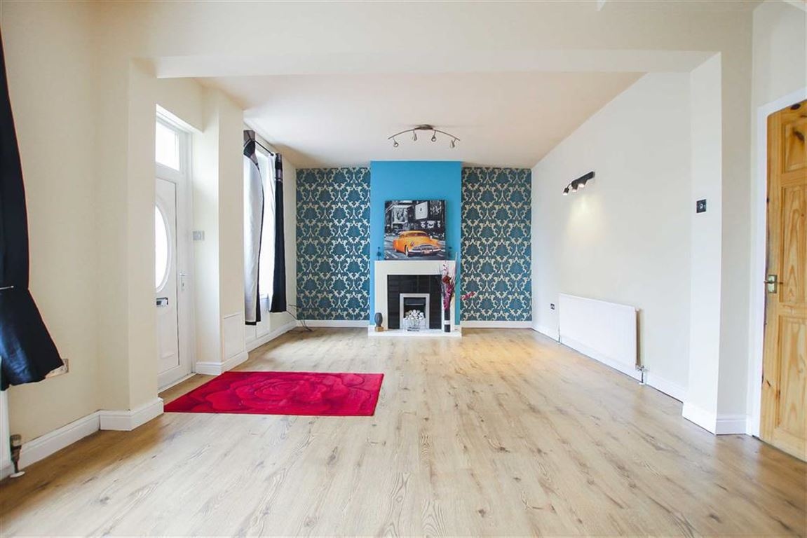 2 Bed Terraced House For Sale - Main Image