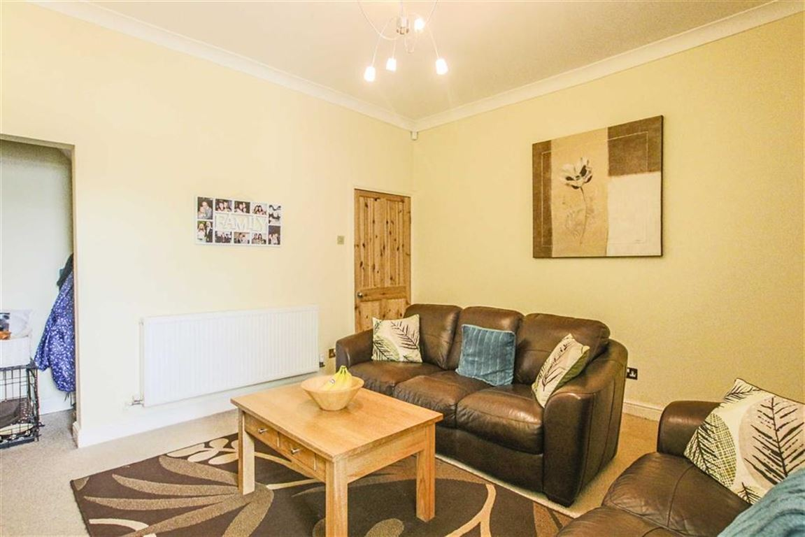 2 Bedroom Terraced House For Sale - Image 2