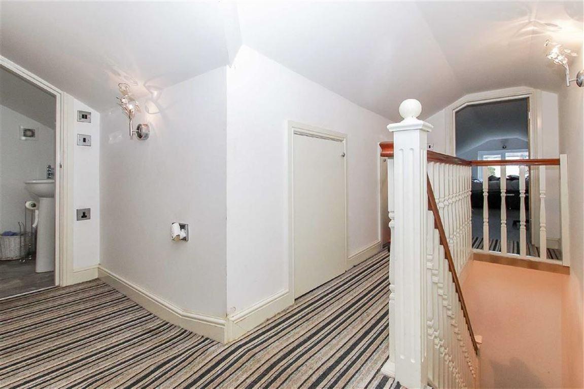 4 Bedroom Dormer Detached Bungalow For Sale - Image 13