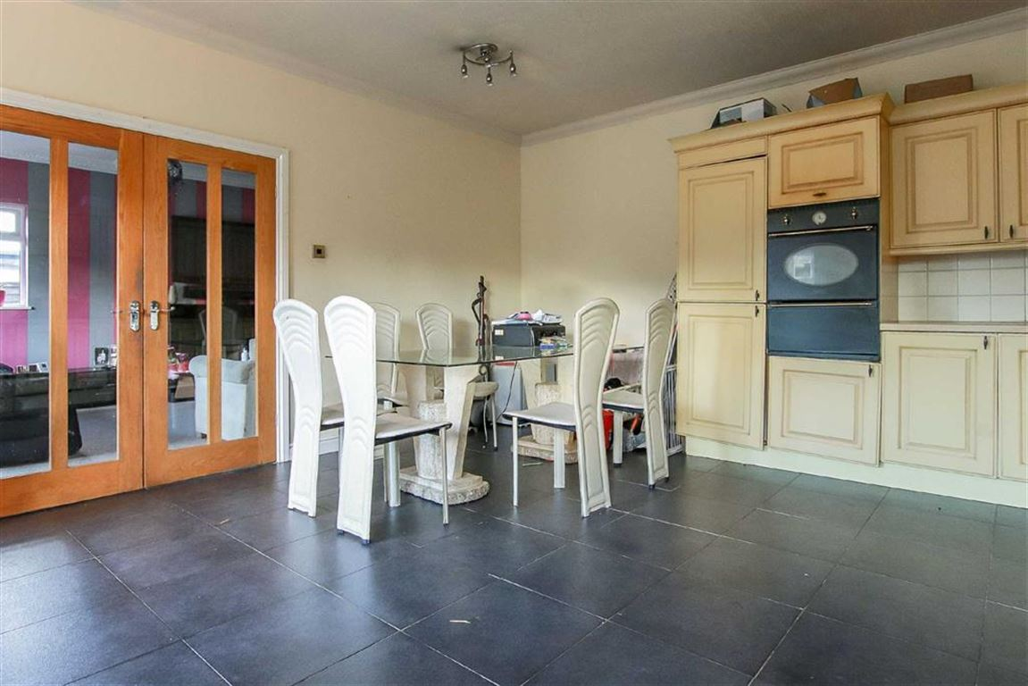 4 Bedroom Dormer Detached Bungalow For Sale - Image 6