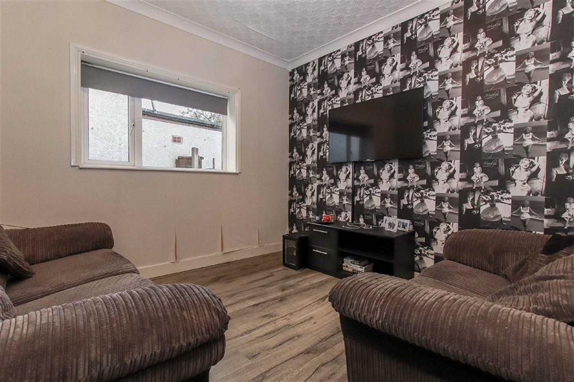 4 Bedroom Dormer Detached Bungalow For Sale - Image 11