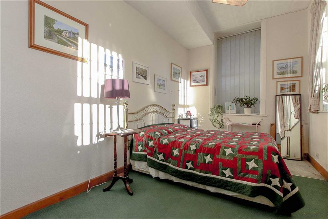 4 Bedroom Coach House For Sale - Image 17