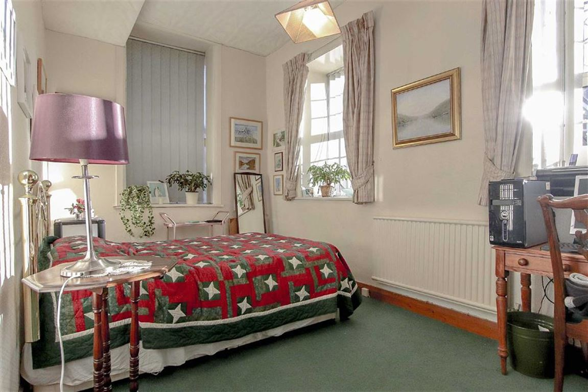 4 Bedroom Coach House For Sale - Image 18