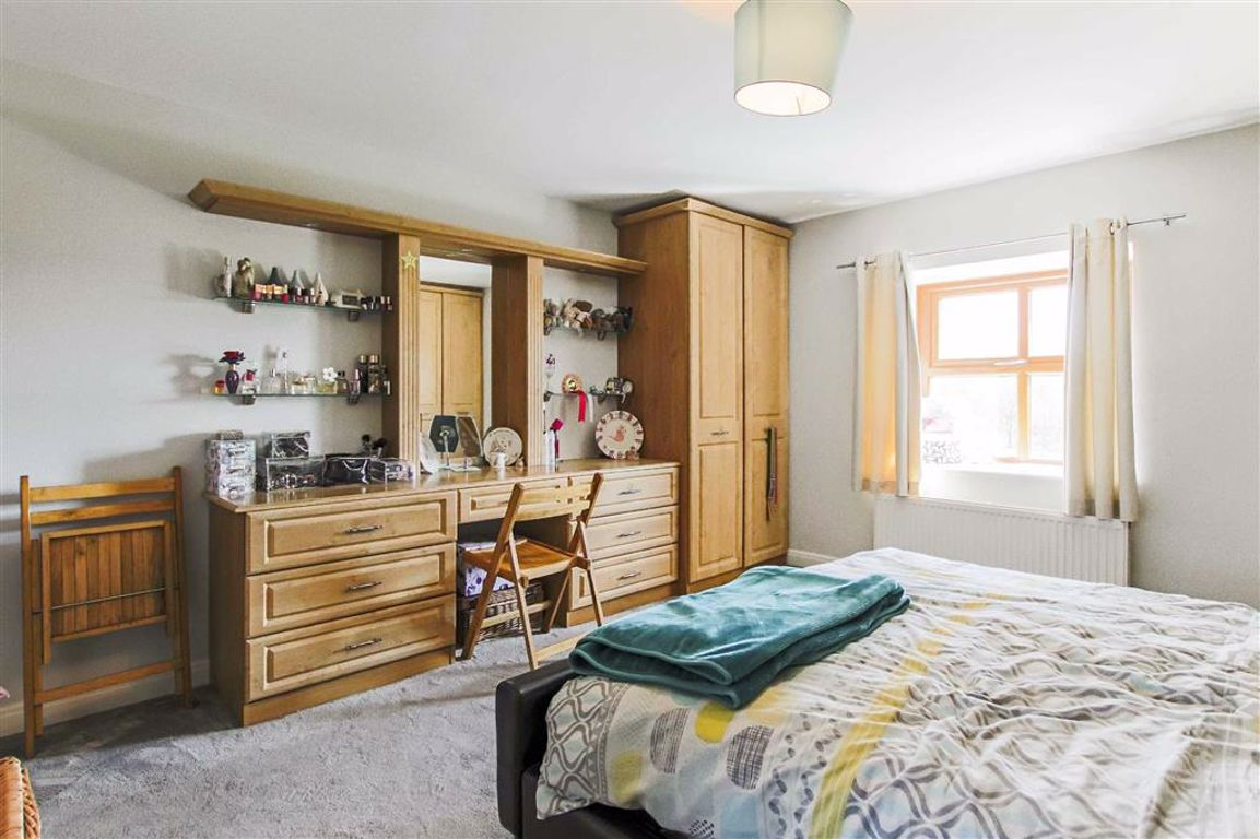 4 Bedroom Barn Conversion For Sale - Image 32