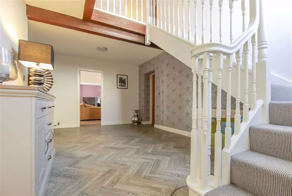 4 Bedroom Barn Conversion For Sale - Image 6