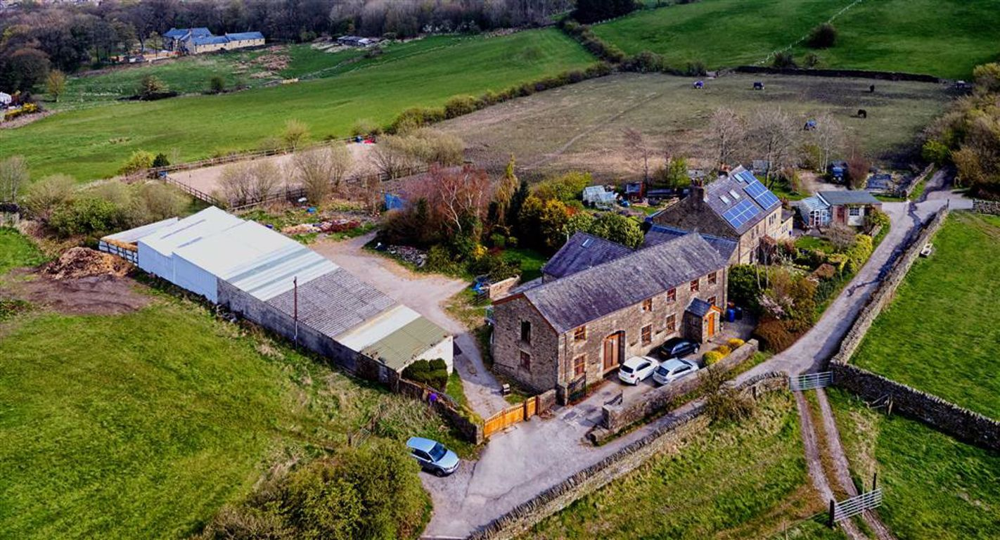 4 Bedroom Barn Conversion For Sale - Main Image