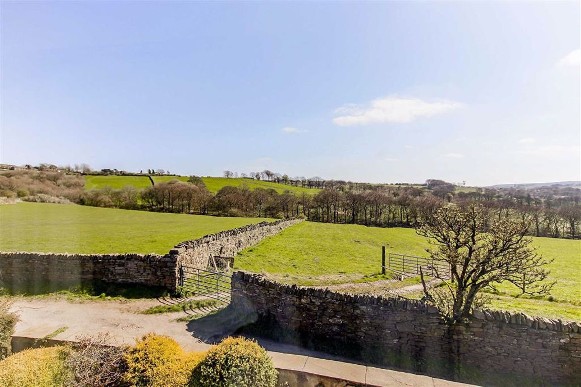 4 Bedroom Barn Conversion For Sale - Image 22