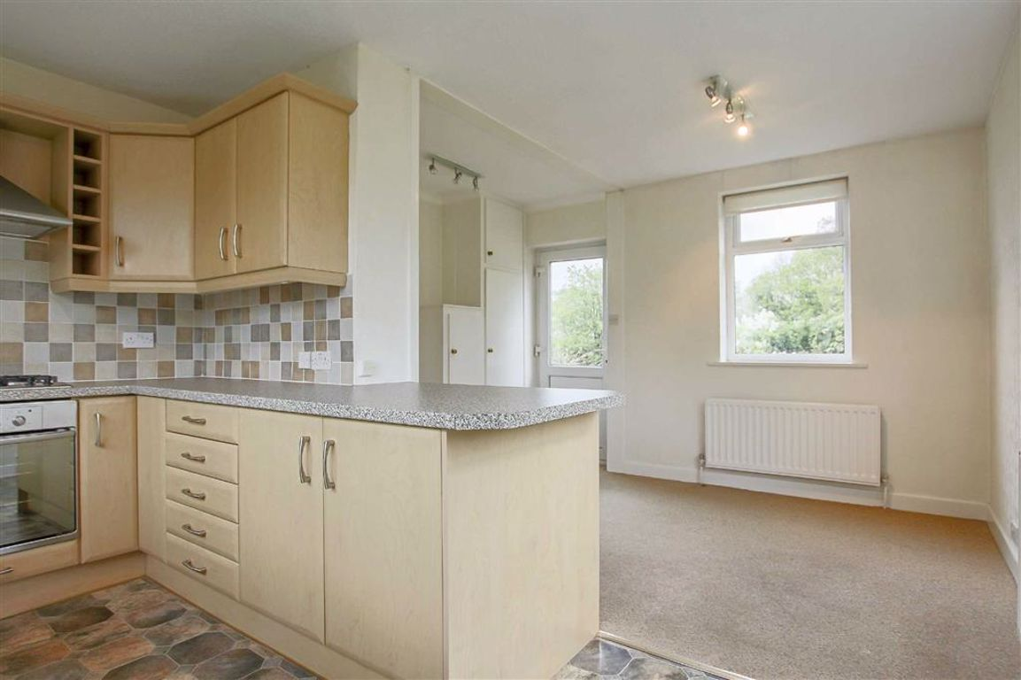 3 Bedroom Apartment For Sale - Image 15