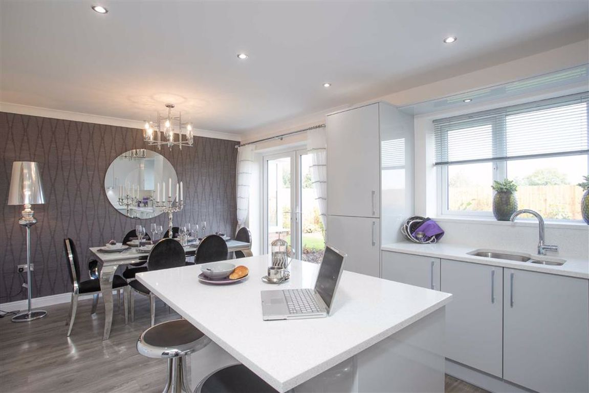 5 Bedroom Detached New House For Sale - Image 3