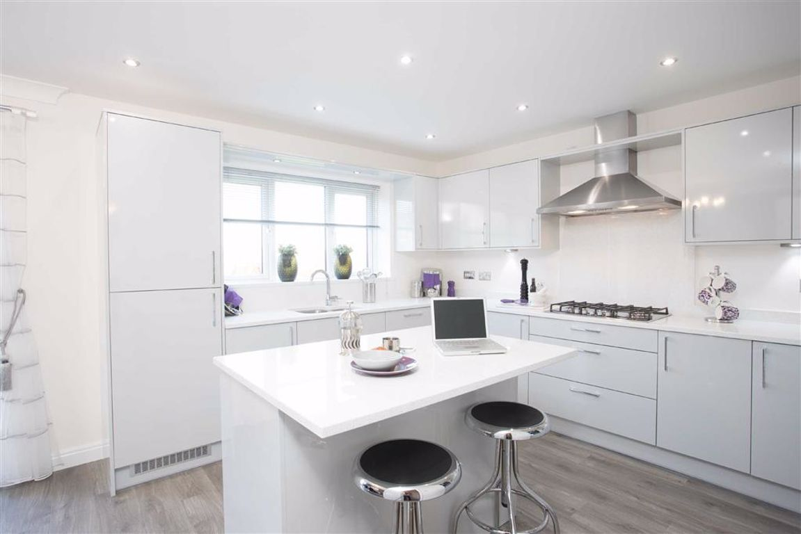 5 Bedroom Detached New House For Sale - Main Image
