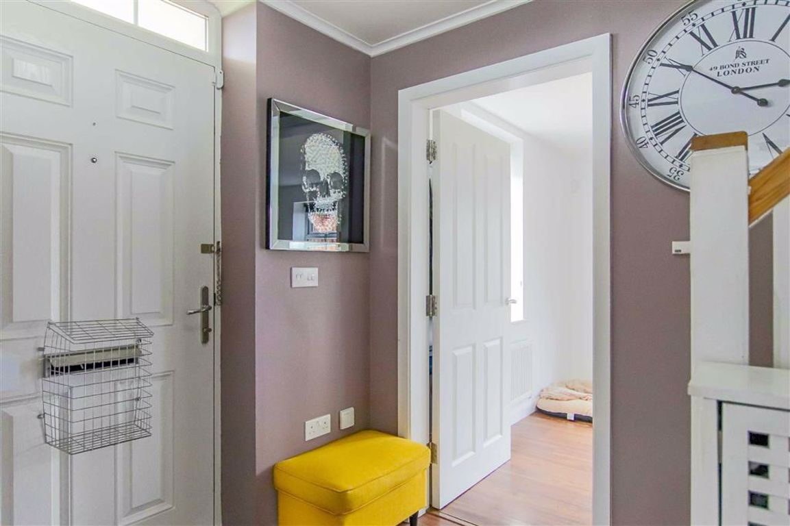 3 Bedroom End Terrace House For Sale - Image 12