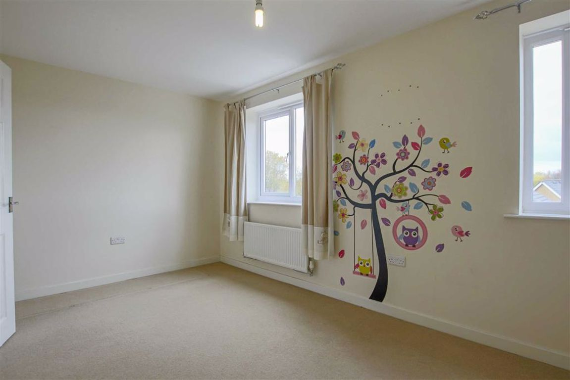 4 Bedroom Townhouse House For Sale - Image 15