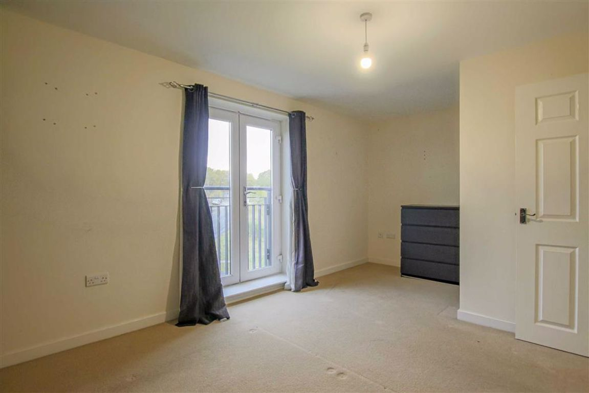 4 Bedroom Townhouse House For Sale - Image 16