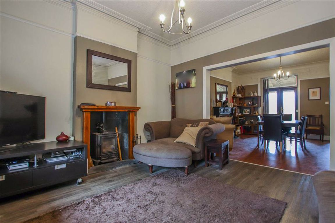 2 Bedroom Mid Terrace House For Sale - Main Image