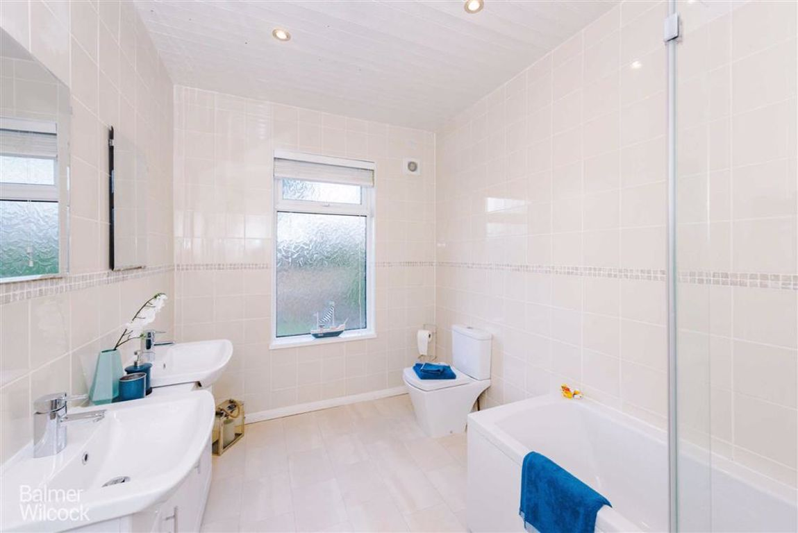 Property for Sale Park Road, Westhoughton, Bolton