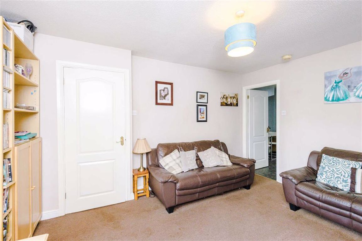 Property for Sale Barnfield Close, Tyldesley, Manchester