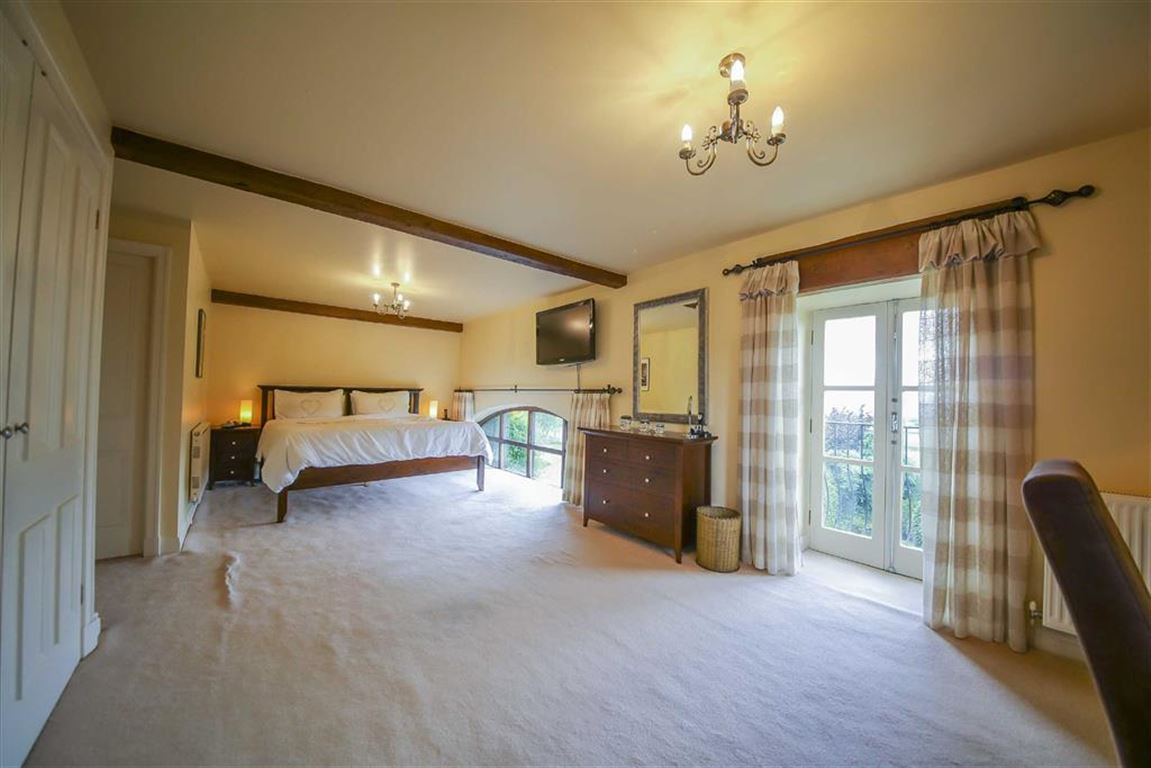 4 bedroom semi detached house for sale in laneside barn middop 4 bedroom semi detached house for sale image 5