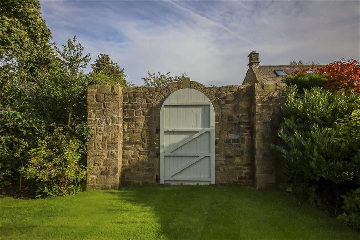 4 Bedroom Detached House For Sale - Image 33